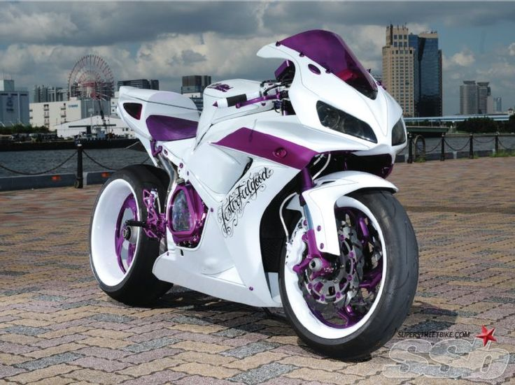 Omg I want another bike. This was made for me. 2007 Honda CBR 1000 RR