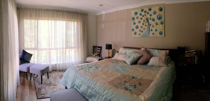 Curtains & linen