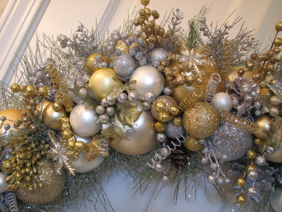 gold silver christmas ornaments google search gatsby party sweet 16 pinterest search. Black Bedroom Furniture Sets. Home Design Ideas