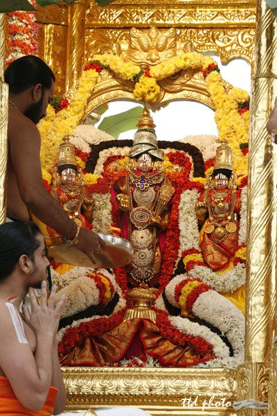 golden city hindu single women Hindu temples: now golden  of city life and reflect not simply the hindu face  to the detriment of hindu interests hindu men and women in.