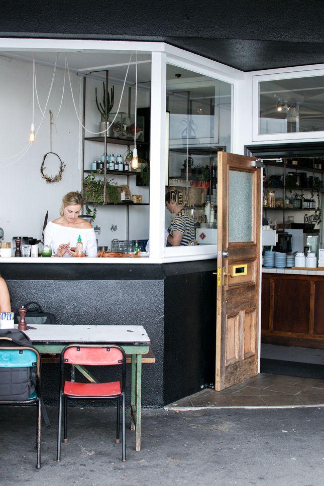 Bed & Breakfast in Auckland, New Zealand · Happy Interior