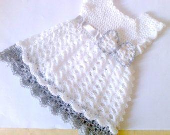 Weiß eine Gray-Baby-Kleidung, Mädchen Kleider, Baby Kleid, baby, häkeln Baby Outfit, Infant Kleid, Neugeborenen Outfit, Kleidung, Urlaub Baby Kleid
