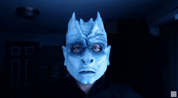 Another creepy Haloween mask is Game of Thrones Night King mask, 3D printed using flexible filament making it easier to wear. You can find it on Print That Thing as well as Thingiverse.