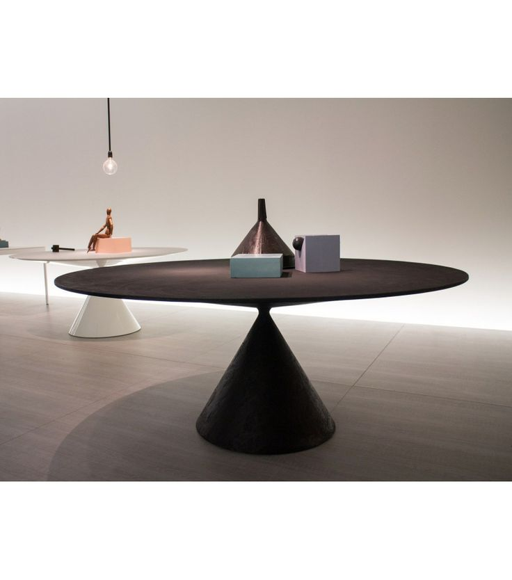 Clay Large Desalto Table