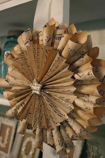 Vintage Sheet Music Wreaths: Christmas Wreaths, Paper Wreaths, Vintage Sheet Music, Music Wreaths, Book, Vintage Sheets, Music Sheet, Relov Rubbish, Diy