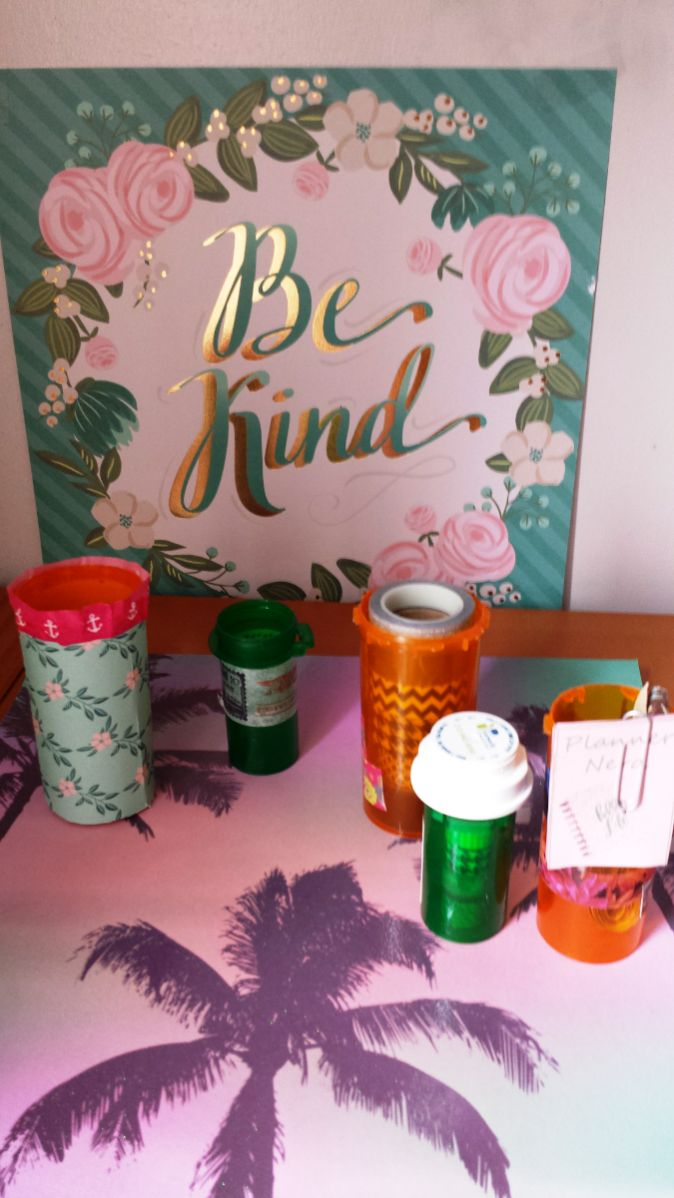 Hey, awesome Superstar! In today's post I want to share an idea on how to use empty prescription bottles to organize craft or office supplies. Some prescription bottles are a pretty good size and c…