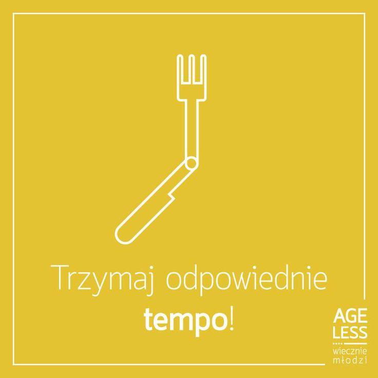 Nie tylko Nowy Rok jest dobrym momentem na postanowienia! Od dziś postaraj się jeść pięć posiłków, unikając między nimi szybkich, niezdrowych przekąsek – Twój organizm na pewno Ci się już wkrótce odwdzięczy! :) #ageless #wiecznamlodosc #jedzenie #posilki www.ageless.pl