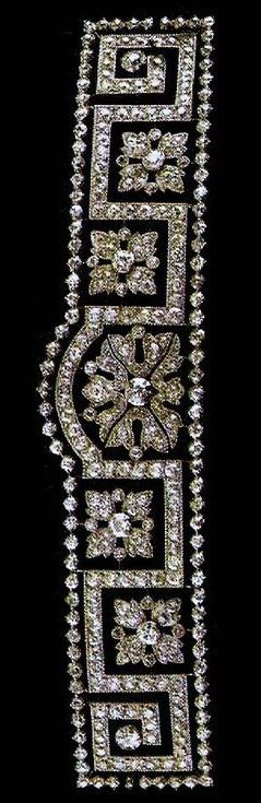 "Diamond and platinum tiara, typical style in the early years of the 20th century jewelery, ""the Greek."""