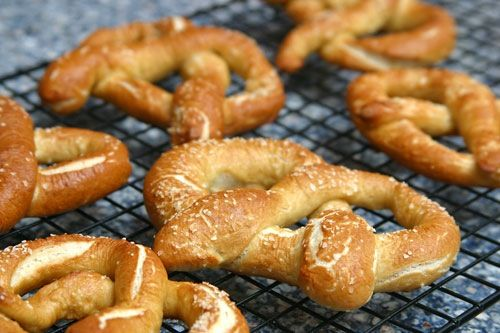 Alton Brown's soft pretzels