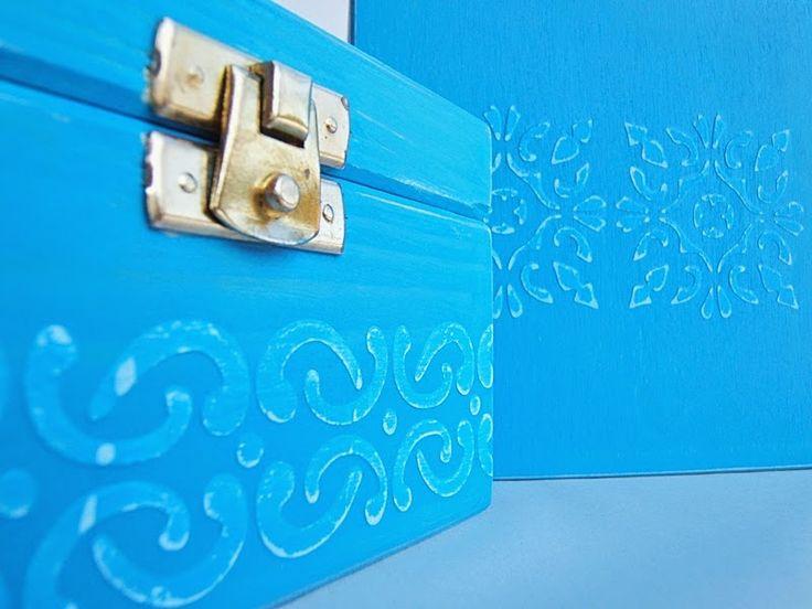 Little boxes. Blue, blue, blue...