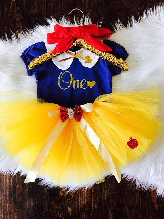 c8a41b0b2 Fancy Snow White Inspired Baby Girl Outfit. Top