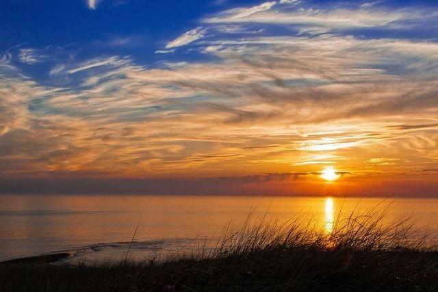 أجمل صور خلفيات غروب الشمس على البحر جودة عالية Hd Vacation Trips Landscape Photos Photography Courses