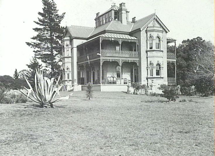 Cambridge House Fairfield NSW - destroyed by a suspicious fire in the mid 70's. Such a shame this historical house is gone.