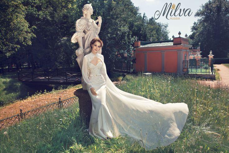 ESCOTE ALEGRANZA/Milva Wedding Dresses Jardín de las Hadas