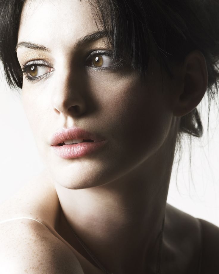 118 Best Images About Anne Hathaway On Pinterest