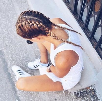 This is always my favorite hair style. Too bad I can't french braid and have thus worn my hair just like this exactly once (on my trip to San Francisco, I believe)