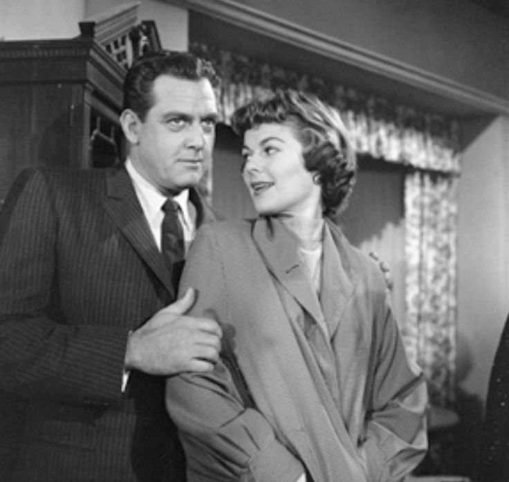 "Raymond Burr and Barbara Hale in ""Perry Mason"""