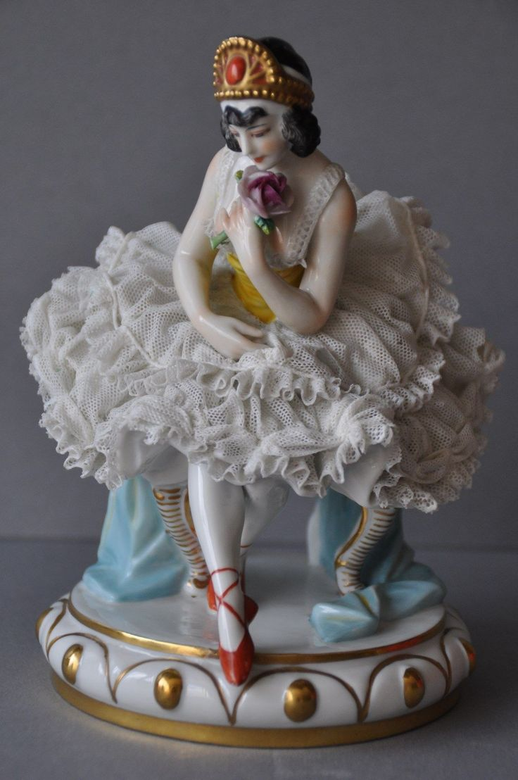179 best volkstedt porcelain figurines images on pinterest porcelain china and dresden. Black Bedroom Furniture Sets. Home Design Ideas