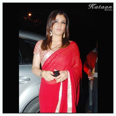 #Raveena in a RED saree