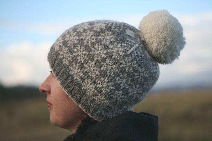 Kit for this quintessentially seasonal colourwork hat featuring a striking snowflake design and an (optional) giant pompom.Kit includes 100g of Jamieson and Smith 2 ply jumper weight; project bag and printed pattern. Other materials required: 2.75 mm / 40cm circular needles (or size to get gauge); stitch markers; tapestry needle; pompom maker or card.Techniques involved: knitting in the round; stranded colourwork; pompom making. Choice of four colourways: grey