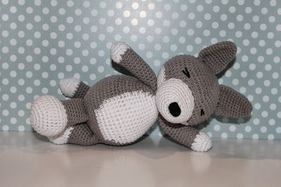 Lobo Amigurumi Tutorial : 1000+ images about amigurumi animals on Pinterest