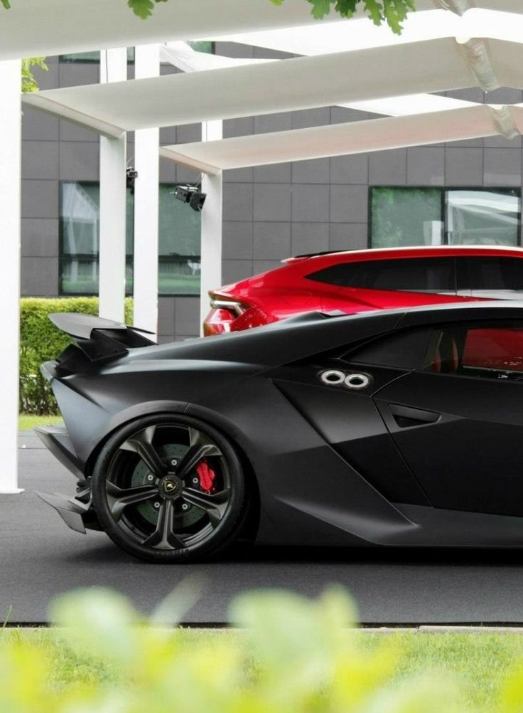 Lamborghini Sesto Elemento & Lamborghini Urus