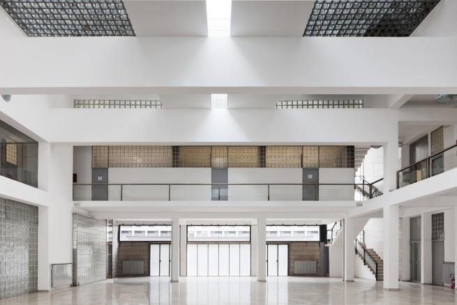Como. Looking for Giuseppe Terragni | Gianni Biondillo #immediatidintorni #giovannasilva #00doppiozero #como #svizzera #italia #terragni #architettura #fotografia