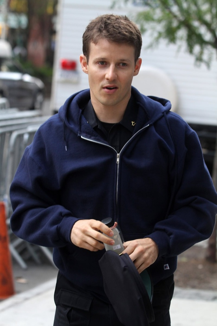 Will Estes On set