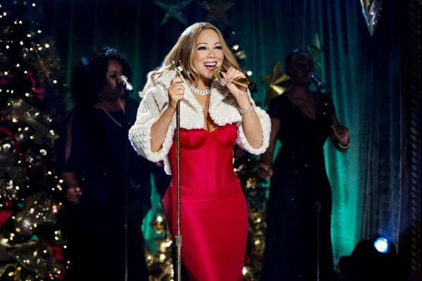 Black #Cosmopolitan Stream Queen! Mariah Carey Tops Spotify Global Chart - BlkCosmo.com   #MariahCarey, #Microsoft, #Music, #Software, #Spotify          Mariah Carey continues to unwrap fresh success with her holiday classic 'All I Want For Christmas.' Indeed, on the same week that the track hit the top 10 of the Hot 100 for the first time in its 23-year history, it's now achieved another feat. And this time it pertains to streaming. Full ...   Read more on BlackC