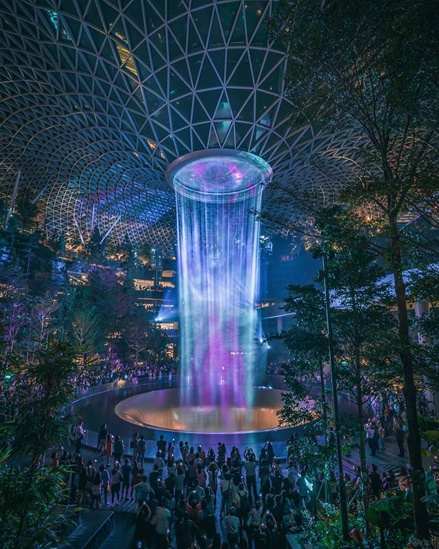 Certainly Mind Blown By The Beauty Of This New Place Jewel Changi Airport The Main Attraction Is This Rain Vortex Which Changi Green Architecture Mind Blown