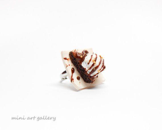 Chocolate pie & ice cream ring / mini food jewelry / Hot fudge sundae greek island special / miniature sweet dessert chocolate polymer clay. by Mini Art Gallery