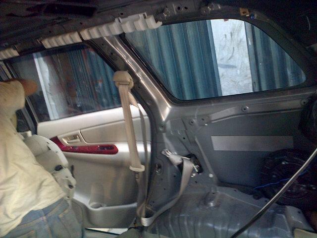 BENGKEL AC MOBIL DAN SERVICE AC MOBIL: Pemasangan AC Mobil Double Blower TOYOTA INNOVA