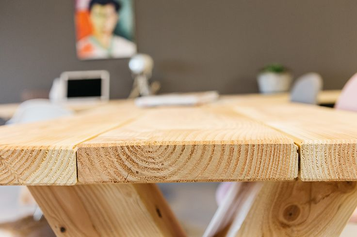 tafelopmaat.nu  #dikke houten tafelbladen #7 cm dik #robuust #stoer #industrieel #eettafel #kantoor #bedrijf