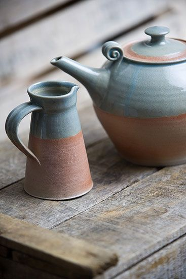 Ceramics by David Rogers at Studiopottery.co.uk - 2012.  These remind me of my nan who was a keen hobby artist and potter.