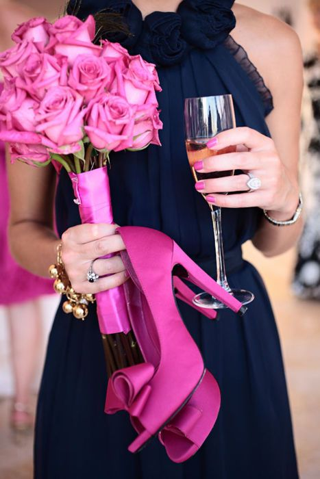 #pink #fuchsia #roses #heels #champagne #celebration #bouquet #navy