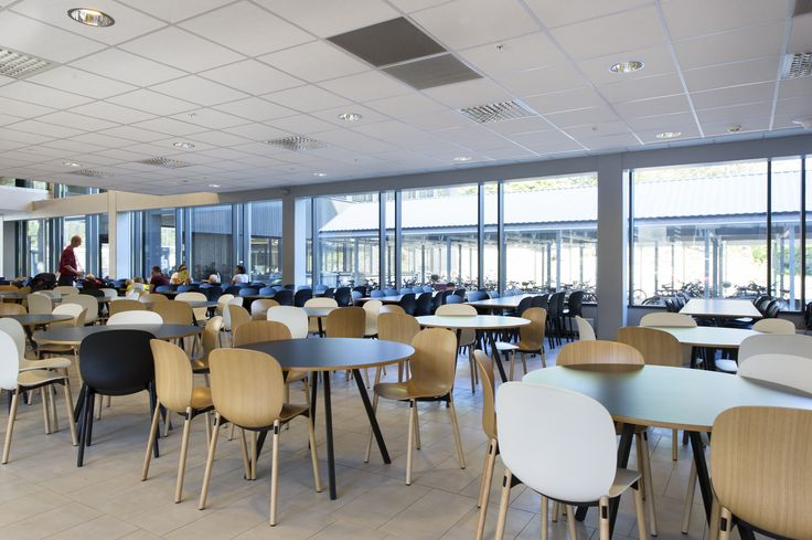 Flokk works to ensure that dining and communal areas in Bergen University College are comfortable and relaxing! #InspireGreatWork #education #Scandinavian #design
