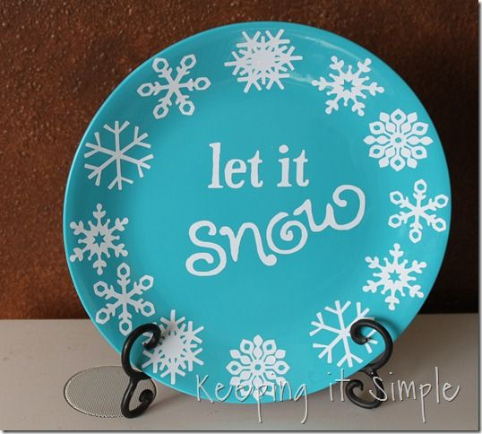 turquoise with painted snowflakes | ... so I spray painted a plate turquoise and then added white vinyl to it