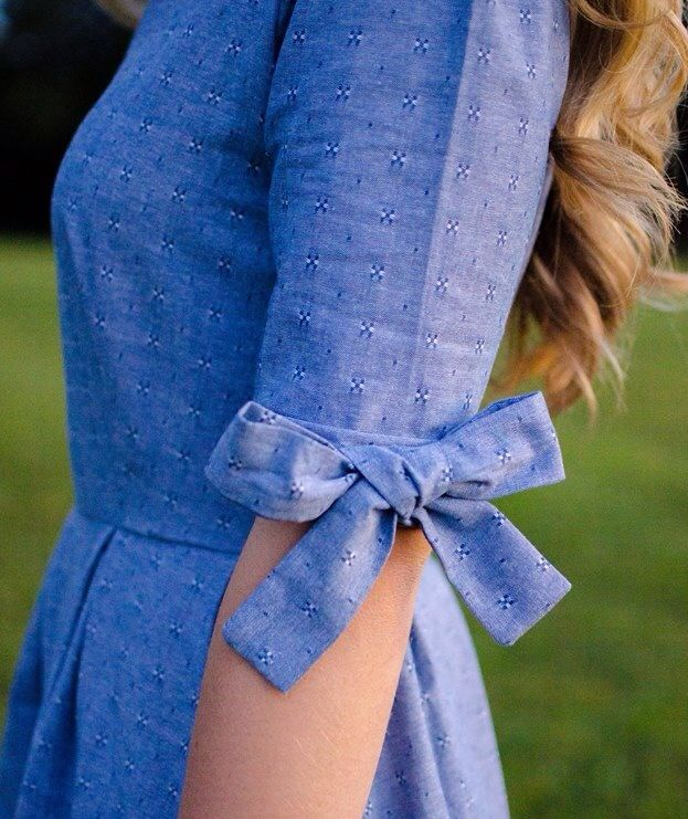 Bow sleeve dress. Elbow length ༺✿ƬⱤღ http://www.pinterest.com/teretegui/✿༻.