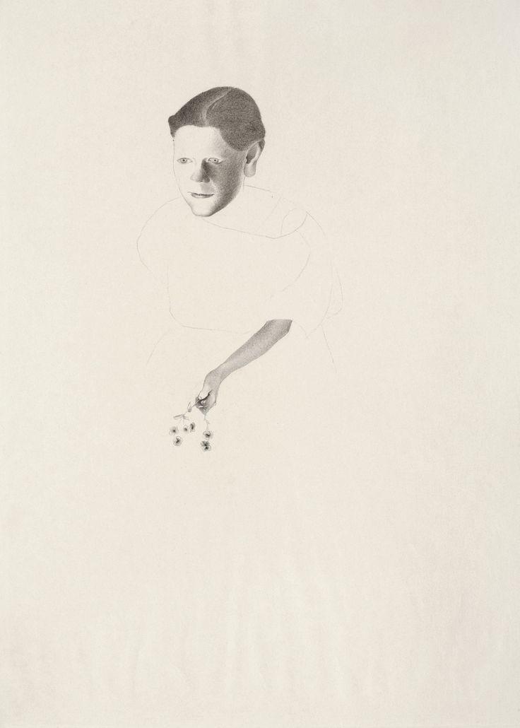 © Vlasta Vostřebalová Fischerová - Dívka s kytičkou (asi 1927), kresba uhlem, Galerie umění Karlovy Vary