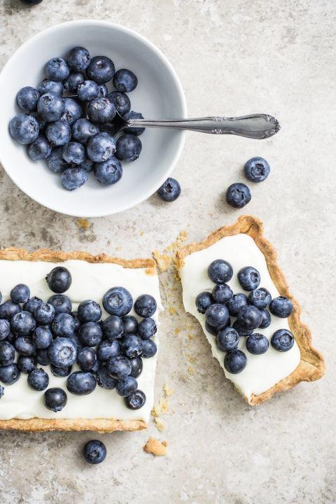 blueberry mascarpOne tart