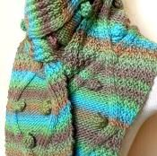MASSIVE knitted scarf - via @Craftsy