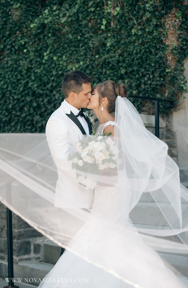 Gorgeous, Epic Veil || Wedding Photography Inspiration || NovaMarkina Photography || See more of this Liuna Station Wedding here: http://www.novamarkina.com/blog/liuna-station-wedding-photography-k-a