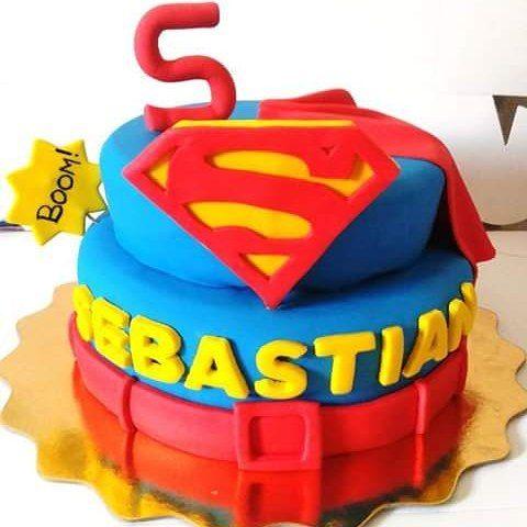 Torta de Superman en Fondant...
