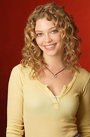 Amanda Detmer  Why wont my curls do that?