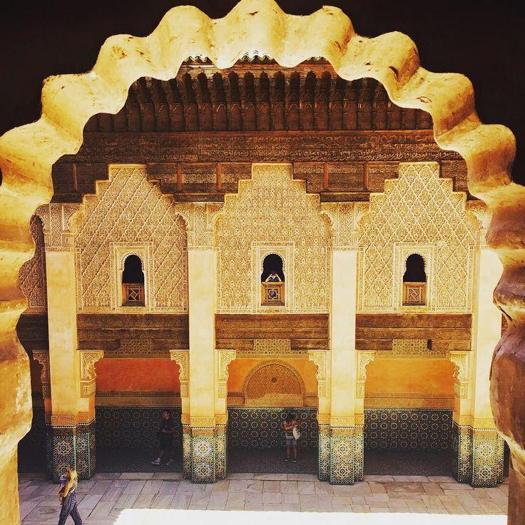 #marrakech #marruecos #morroco #madraza #benyoussef #travel #travelgram #travellers #arquitetura #architecture #art #religion #africa #peace #zoco #yoveomundo #viajar #escuela #medina #school by hoseramire