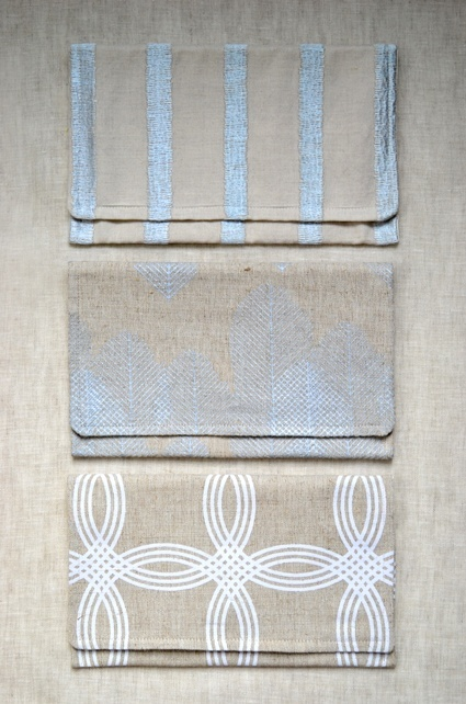 DIY clutch purse--  The website says to sew linen and cotton to create the bag, but Im thinking huh, why not find a nice placemat of those same materials? Major way to simplify the already-simple DIY directions.