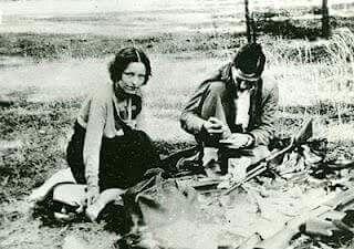 Bonnie and Clyde - Rare photo
