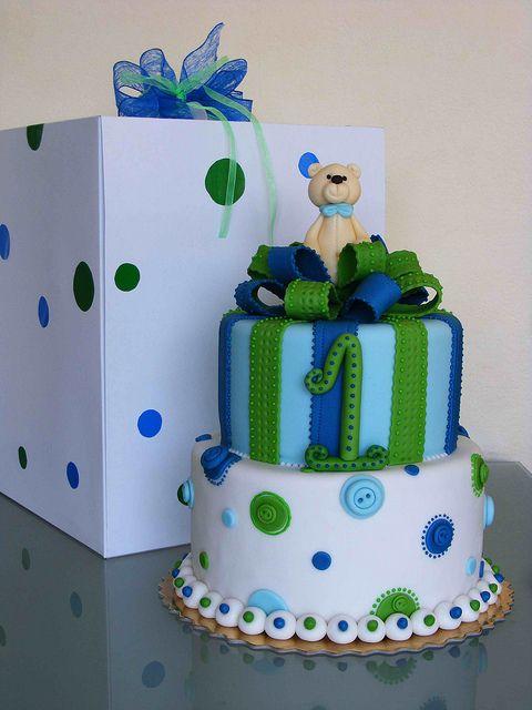 Teddy bear cake by bubolinkata, via Flickr