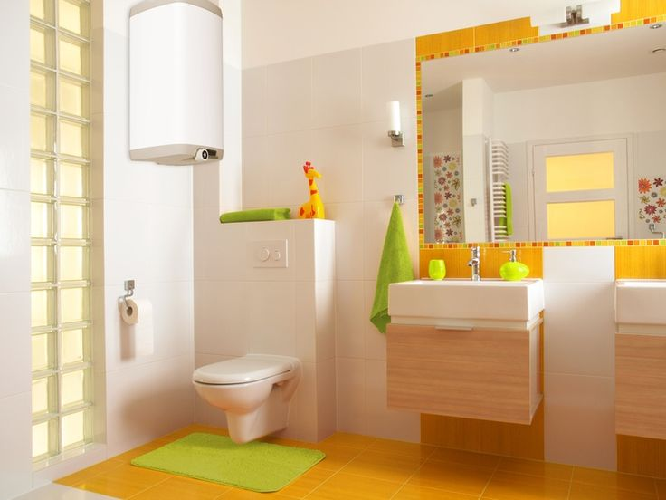 Яркое и легкое решение для оформления ванной комнаты в стиле минимализм. #яркая_ванная #современная_ванна #дизайн_ванной #подвесная_мебель #встроенный_бачок