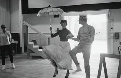 Julie Andrews and Dick Van Dyke  in the rehearsal choreography of Mary Poppins (4)